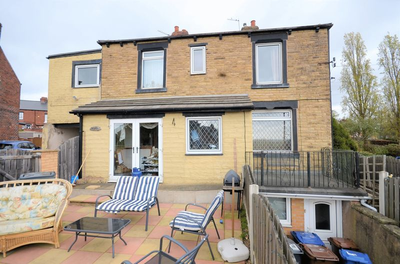 3 Bedrooms Terraced House for sale in 311 Darton Lane, Mapplewell, Barnsley, S75 6AW
