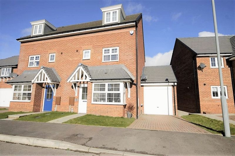 4 Bedrooms Semi Detached House for sale in 72 Abbotts Way, Consett, DH8 5XU