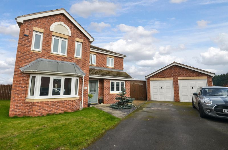 4 Bedrooms Detached House for sale in 6 Heather Gardens, North Hykeham, Lincoln, LN6 8RQ