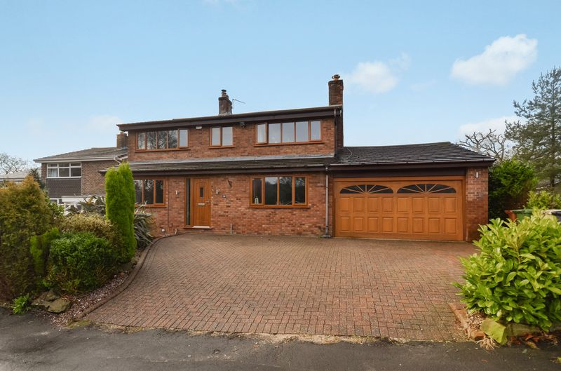 4 Bedrooms Detached House for sale in 39 Delph Brook Way, Egerton, Bolton, BL7 9UB