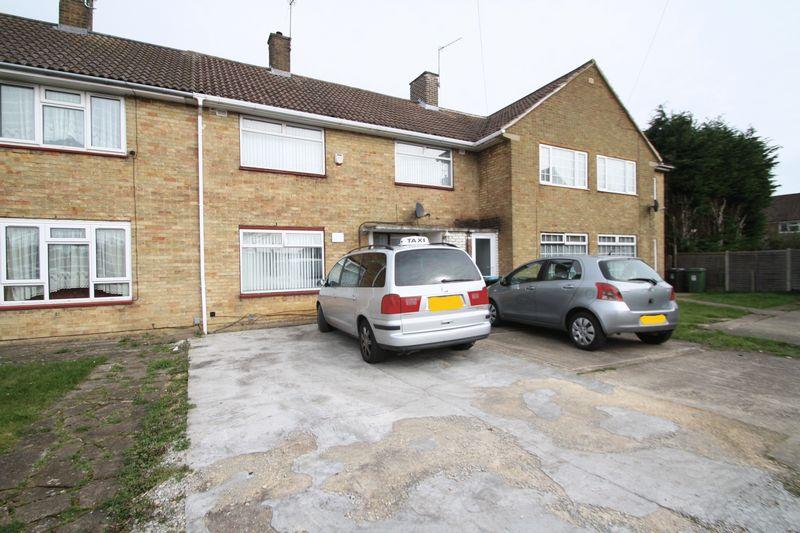 3 Bedrooms Terraced House for sale in Windmill Road, Hemel Hempstead
