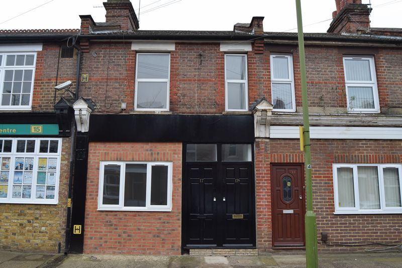 2 Bedrooms Flat for sale in Brand New 2 Bed Apartment, Harwoods Road, Watford, WD18