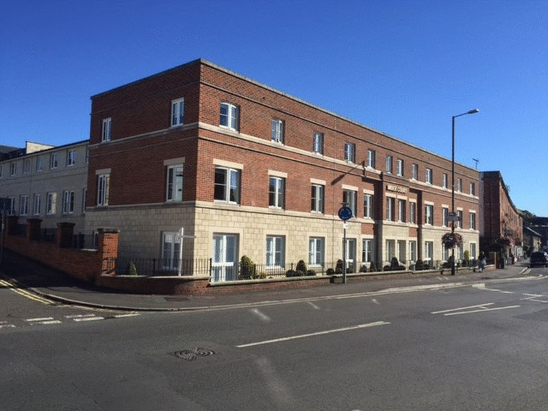 1 Bedroom Flat for sale in Imber Court: ** GROUND FLOOR ** call now for viewing - 0845 004 5000