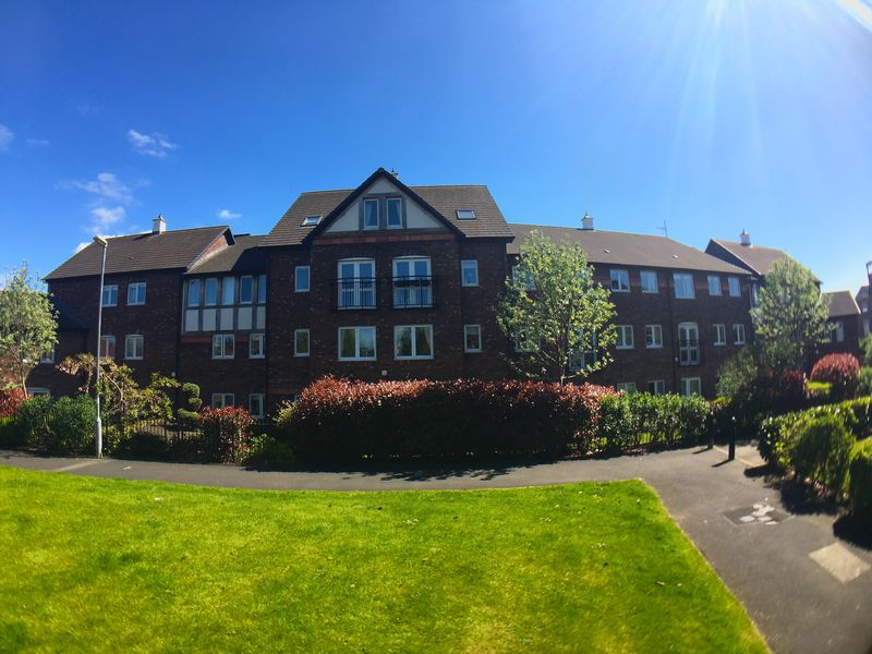 1 Bedroom Flat for sale in Beatty Court Holland Walk, Nantwich: NO CHAIN one bed second floor retirement apartment
