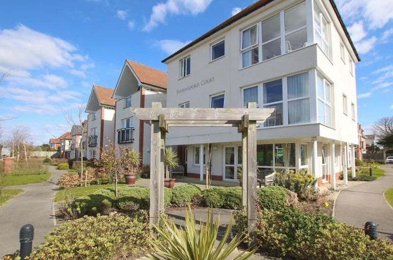 2 Bedrooms Flat for sale in Farringford Court : ** GROUND FLOOR with PATIO ** Exclusively for Over 70's - with extra support available if required