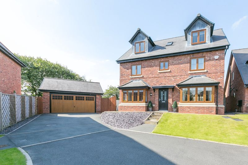 5 Bedrooms Detached House for sale in Stonemill Rise, Appley Bridge, WN6 9BH