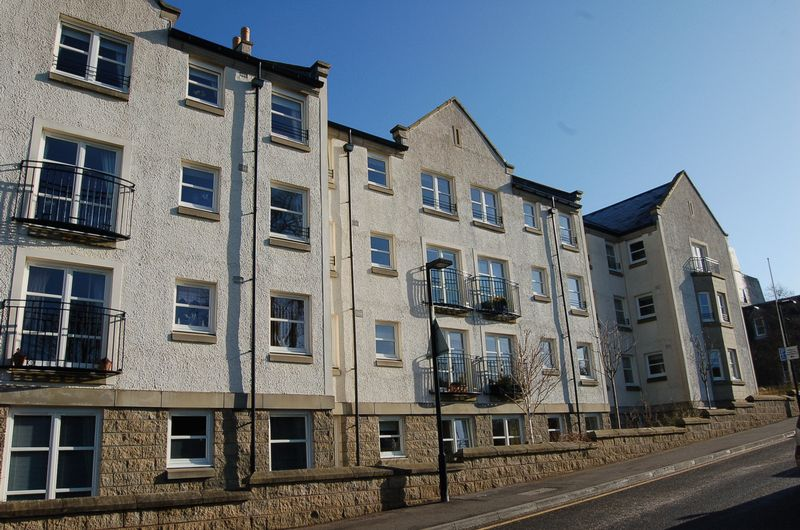 Wallace Court, Lanark, ML11