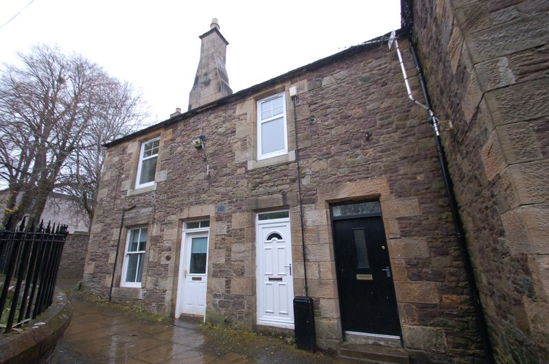 Shirleys Close, Lanark, ML11