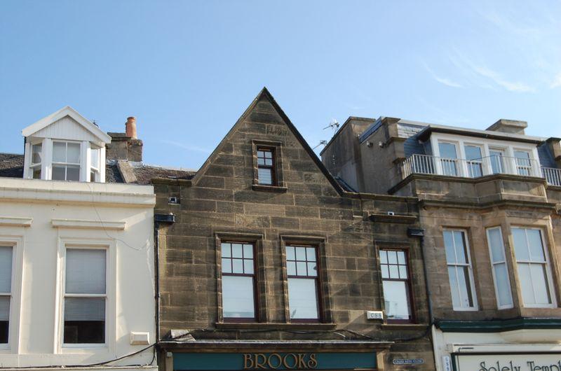 High Street, Lanark, ML11