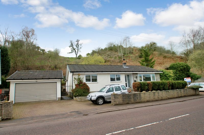 3 Bedrooms Detached Bungalow for sale in Lanark Road, Crossford