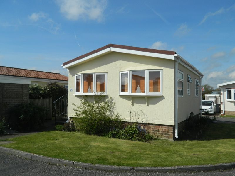 1 Bedroom Detached Bungalow for sale in Station Road, Ilminster