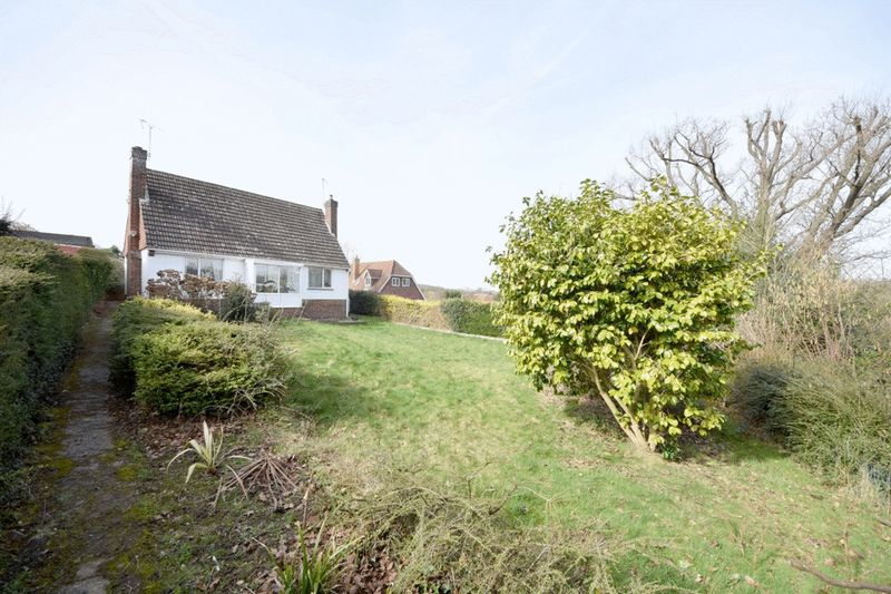 3 Bedrooms Detached Bungalow for sale in Sandy Lane, Maidstone