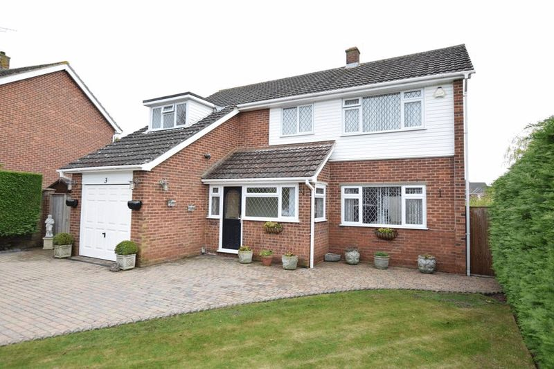4 Bedrooms House for sale in Bearsted, Maidstone