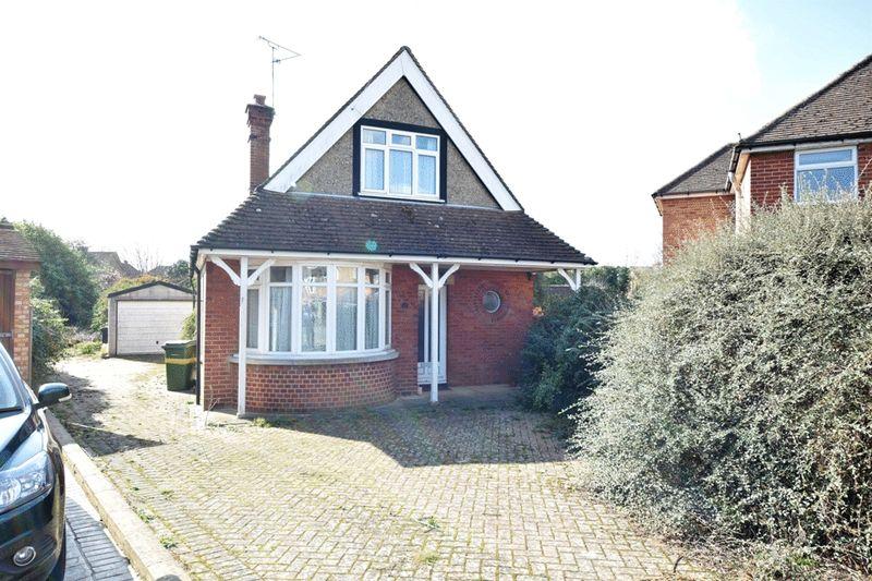 2 Bedrooms Detached Bungalow for sale in Brockenhurst Avenue, Maidstone