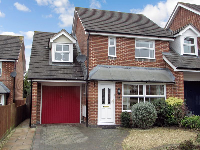 3 Bedrooms Detached House for sale in Broadmeadow End, Thatcham