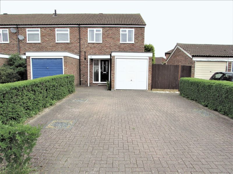 3 Bedrooms House for sale in Tadham Place, Thatcham