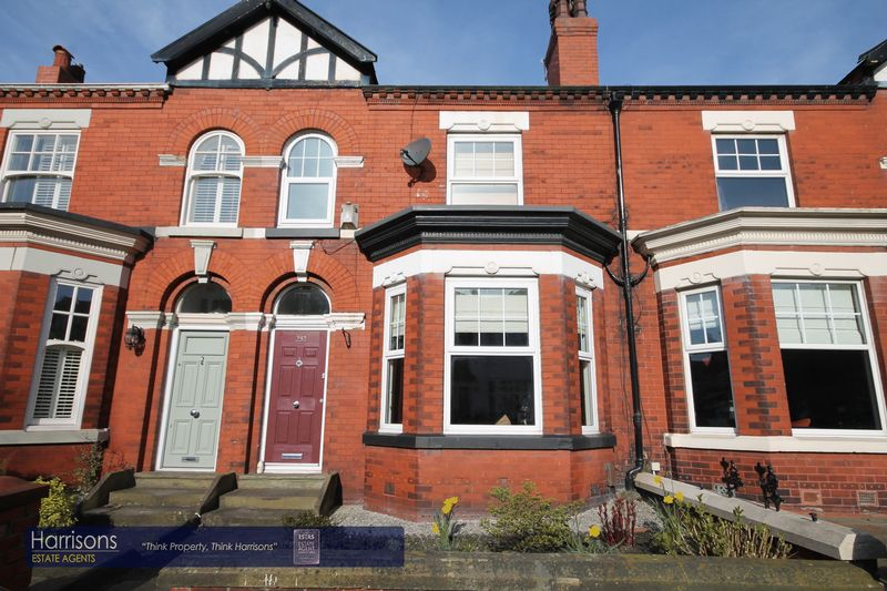 4 Bedrooms Property for sale in Bolton Road, Manchester, Greater Manchester.