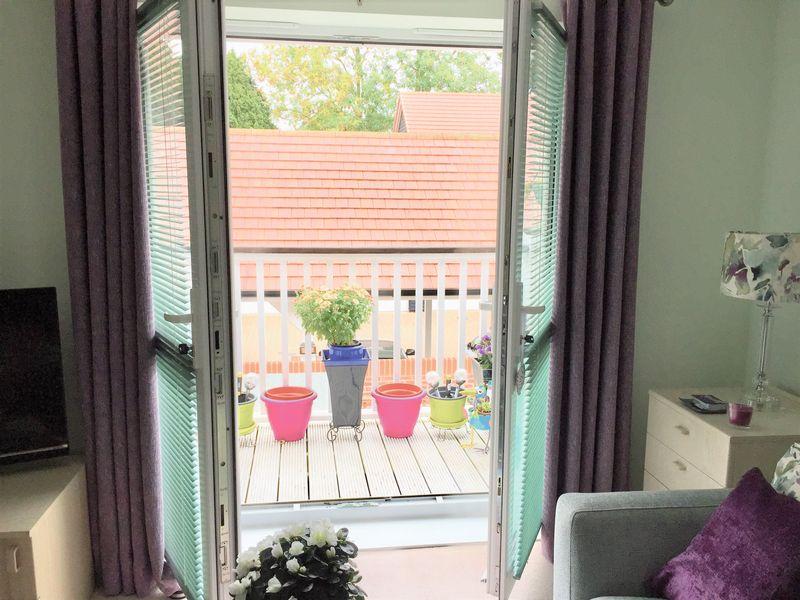 Lounge/Balcony