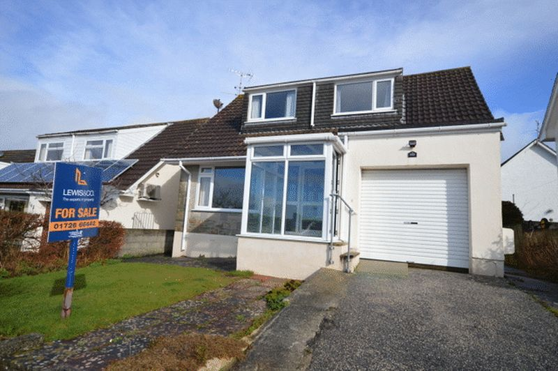 3 Bedrooms Detached Bungalow for sale in Roslyn Close, St. Austell