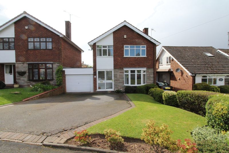 3 Bedrooms Detached House for sale in Northway, Dudley