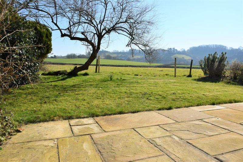 Hollymoor Gardens