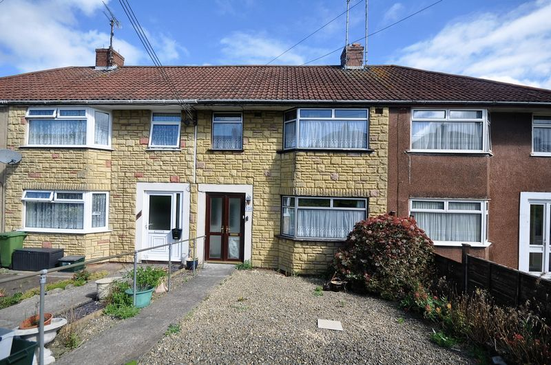 3 Bedrooms Terraced House for sale in Station Road, Kingswood