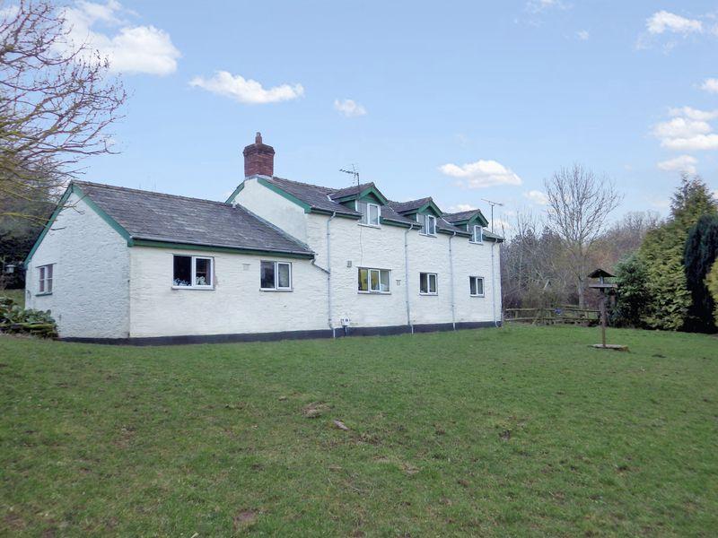 Newton St. Margarets, Herefordshire, HR2