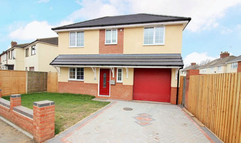 4 Bedrooms Detached House for sale in Wells Avenue, Wednesbury