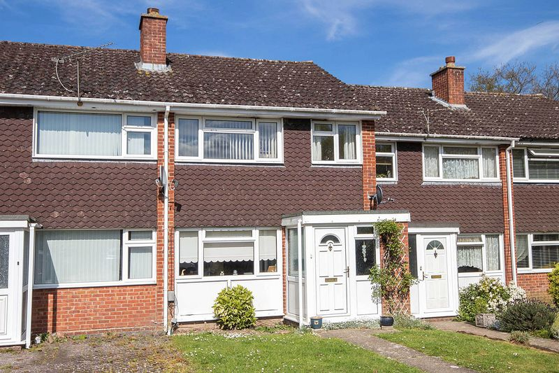 3 Bedrooms Terraced House for sale in Calmore