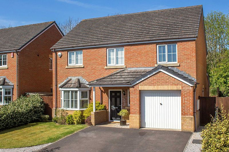 4 Bedrooms Detached House for sale in Hazel Farm