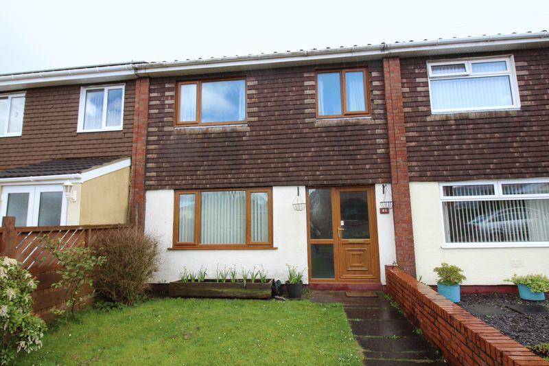 3 Bedrooms Terraced House for sale in Blodwen Road, New Inn, Pontypool