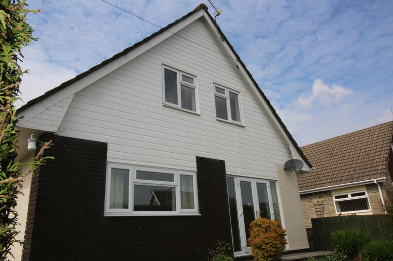 4 Bedrooms Detached House for sale in SUNNYBANK WAY, GRIFFITHSTOWN