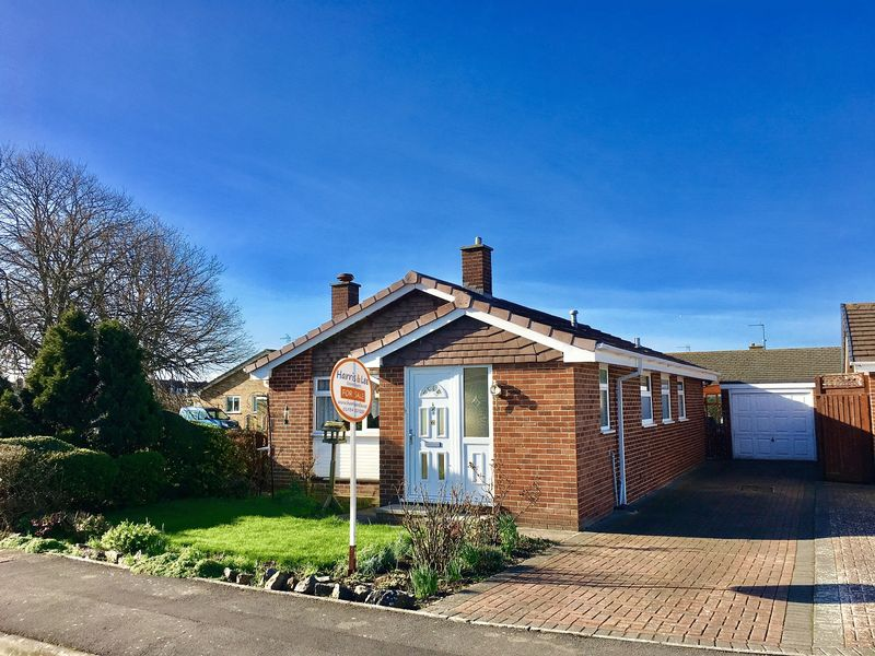 3 Bedrooms Detached Bungalow for sale in Mead Vale, Weston super Mare