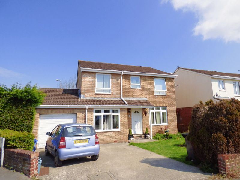 4 Bedrooms Detached House for sale in Becket Drive, Worle, Weston-Super-Mare
