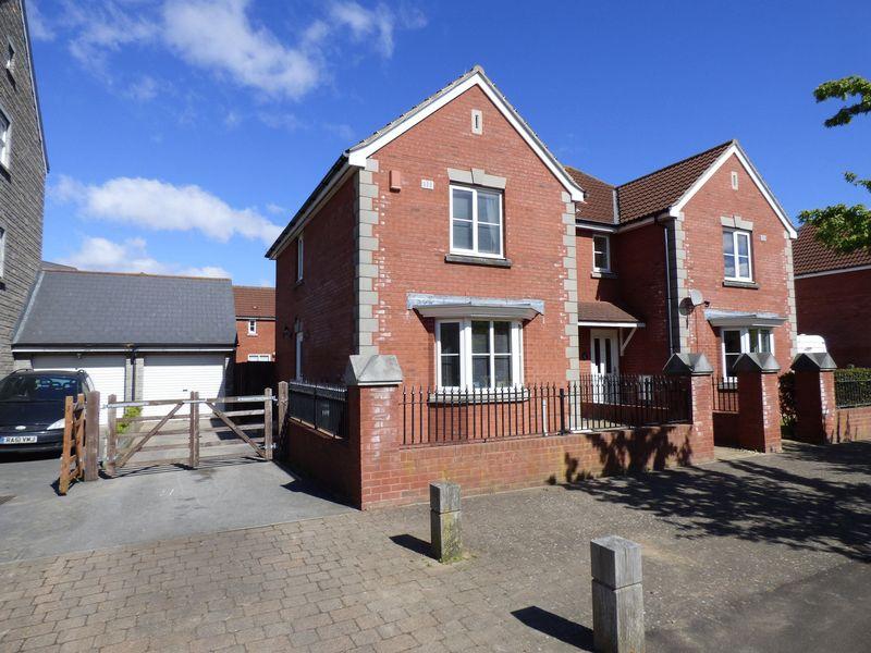 3 Bedrooms Semi Detached House for sale in Worle Moor Road, Weston Village, Weston-Super-Mare