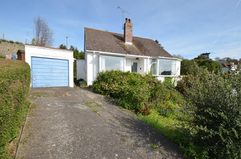 2 Bedrooms Detached Bungalow for sale in The Close, Broadsands, Paignton