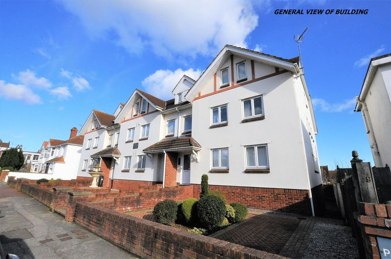 2 Bedrooms Flat for sale in Eugene Road, Preston, Paignton