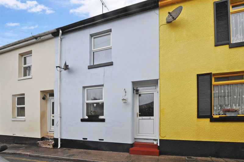 2 Bedrooms Terraced House for sale in Brent Road, Paignton