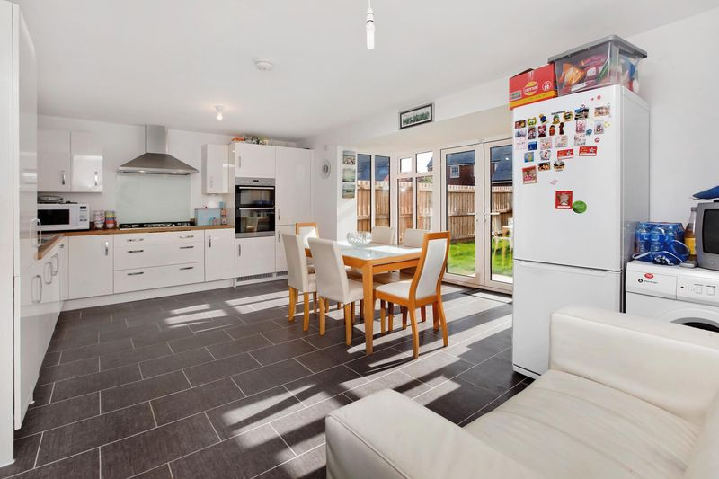 4 Bedrooms Detached House for sale in Dixon Close, Wiveliscombe