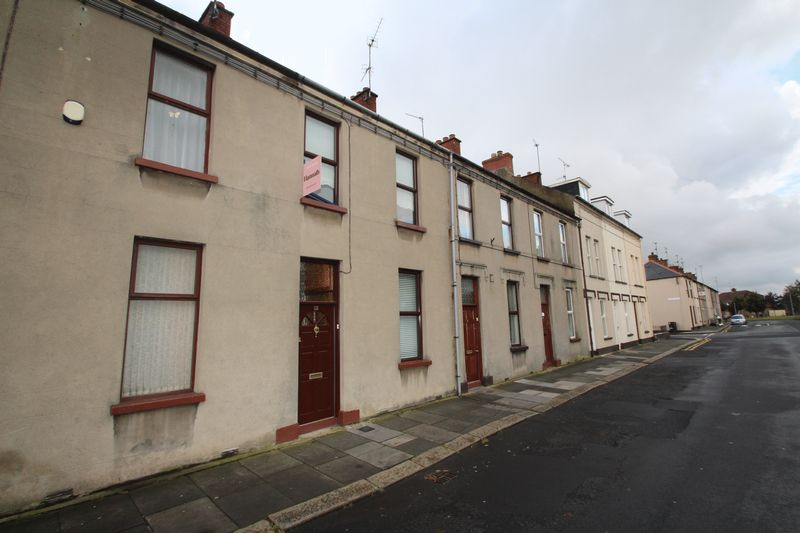 2 Bedrooms Terraced House for sale in 12 Atkinson Avenue, Portadown, BT62 3HY