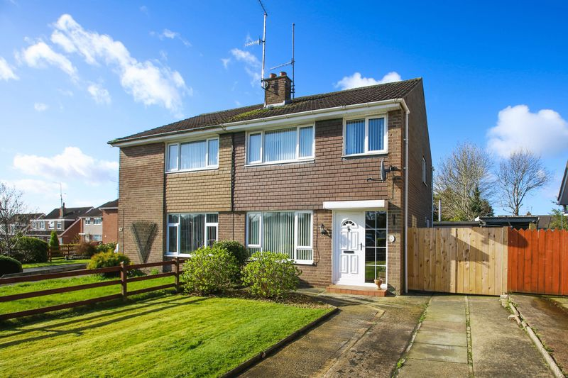 3 Bedrooms Semi Detached House for sale in 46 Killycomain Drive, Portadown