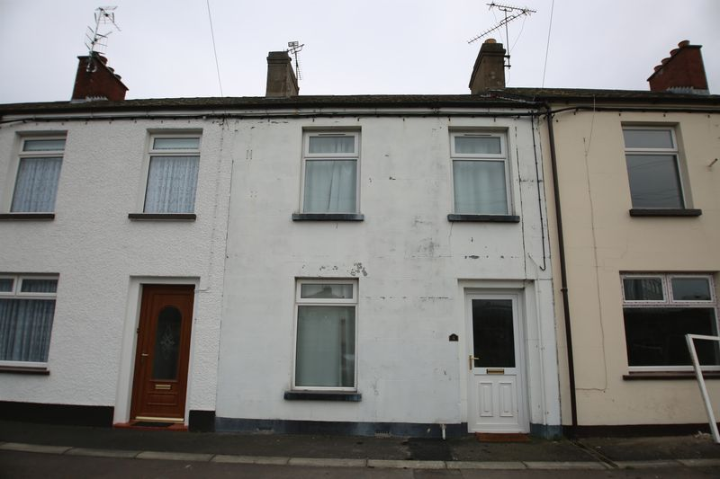 3 Bedrooms Terraced House for sale in 4 Tavanagh Gardens, Portadown, BT62 3EZ