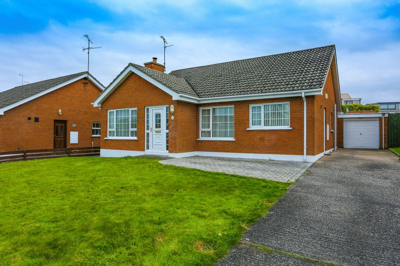 3 Bedrooms Detached Bungalow for sale in 22 Levaghery Close, Portadown