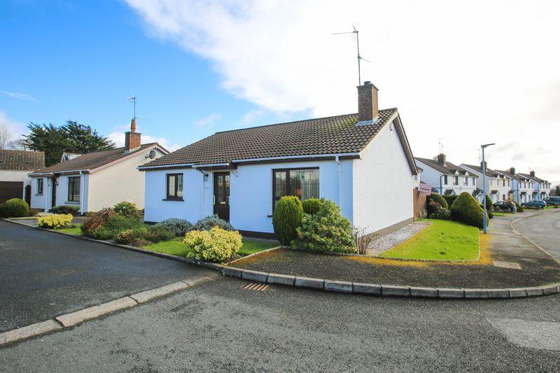 3 Bedrooms Detached Bungalow for sale in 47, Village Walk, Portadown, BT63 5TL