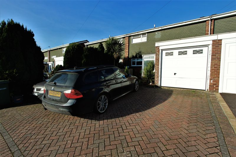 3 Bedrooms Terraced House for sale in Chandlers Ford