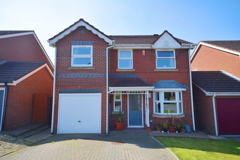 4 Bedrooms Detached House for sale in Oak Mount Road, Werrington
