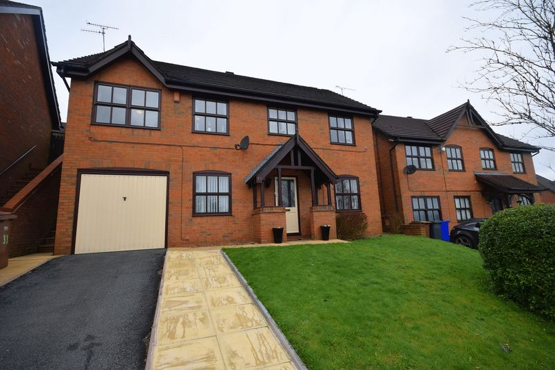 4 Bedrooms Detached House for sale in Geneva Drive, Birches Head