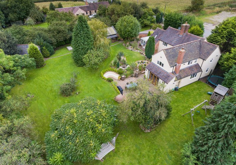 4 Bedrooms Detached House for sale in Tong Norton, Shifnal