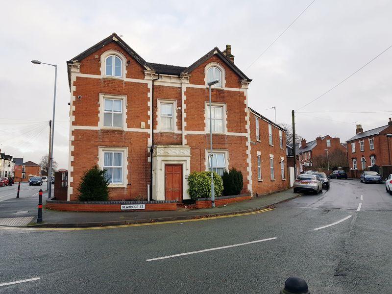 Newhampton Road West Newbridge