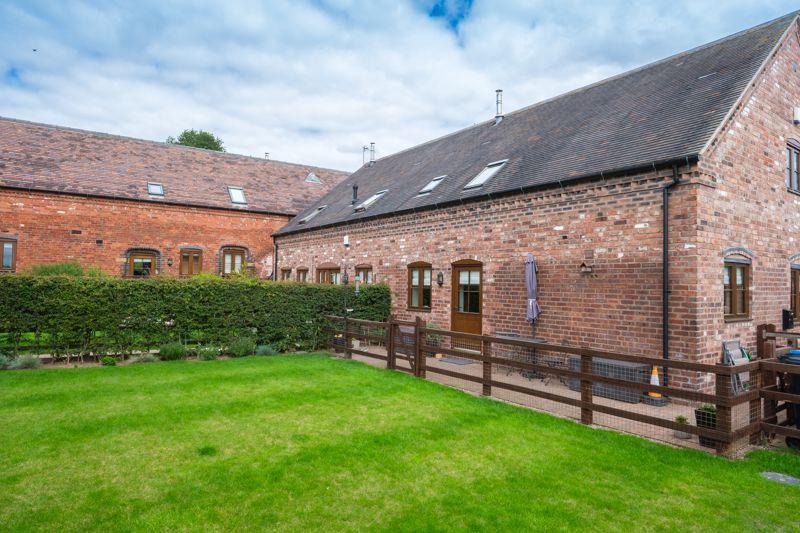 Ash Barn, Cranmoor Barns